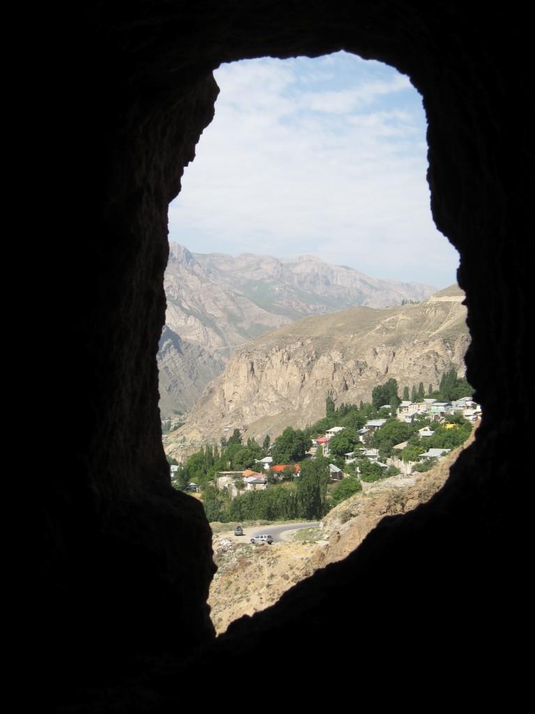 Polour cave sil 1
