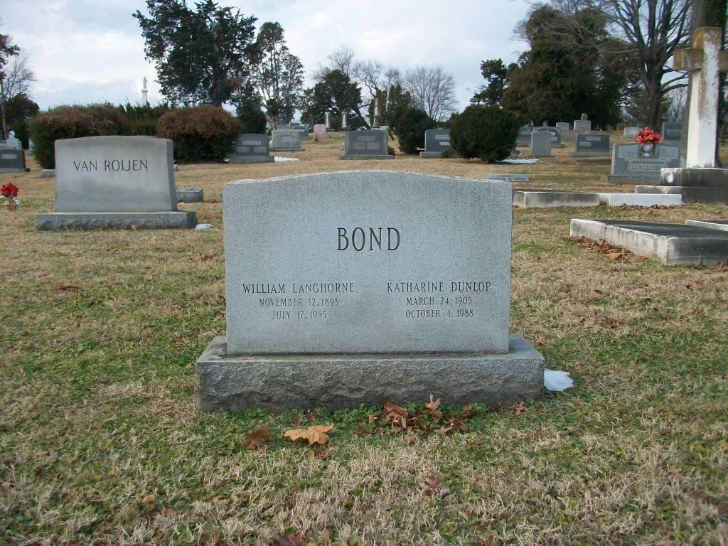 Bond grave site Dec 17 2013 003